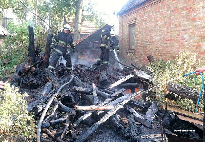 В Ірпені  від пожежі врятували житловий будинок